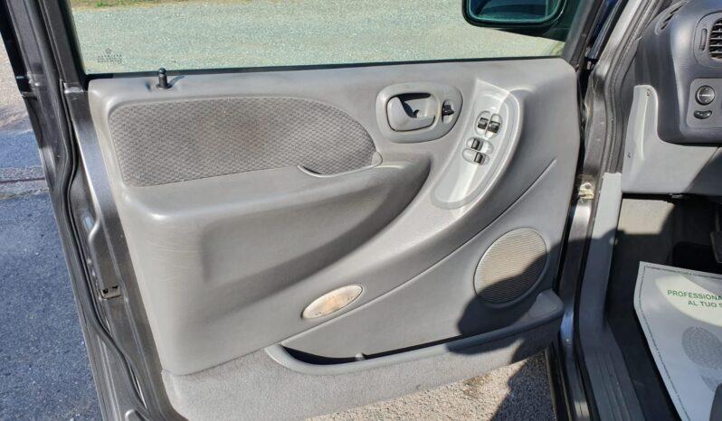 Chrysler Voyager 2.5 CRD LX 7 Posti pieno