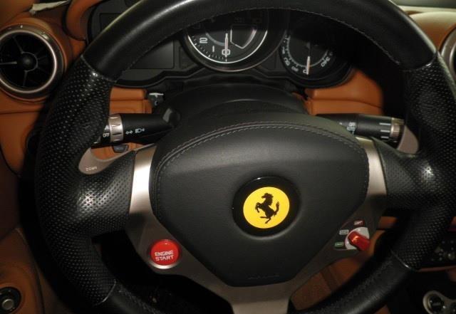 Ferrari California DCT Nuove usate pieno