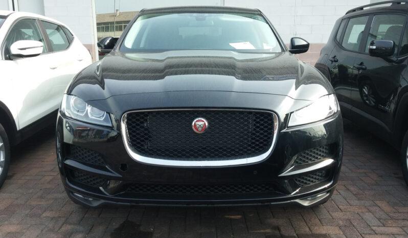Jaguar F-Pace pieno