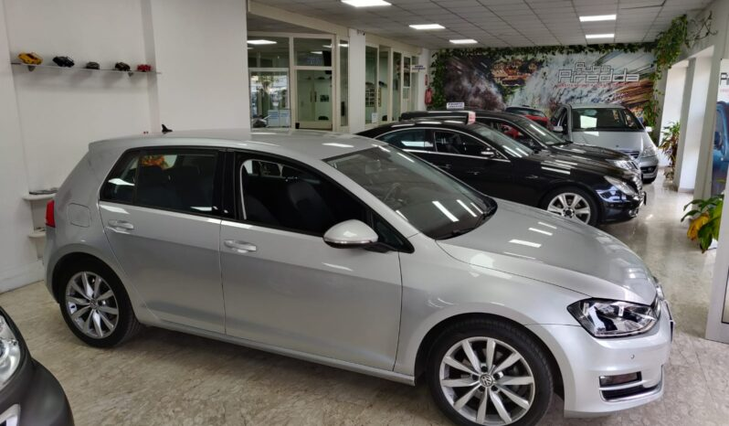 Volkswagen Golf 1.6 TDI DSG 5p. Highline BlueMotion Technology pieno