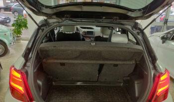 "Toyota Yaris 1.5 Hybrid 5 porte Trend ""White Edition"" pieno"