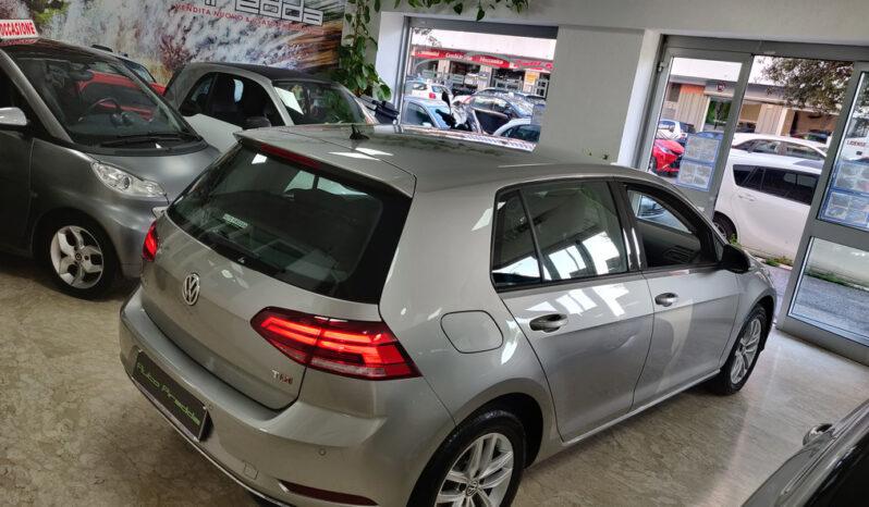 Volkswagen Golf 7 pieno